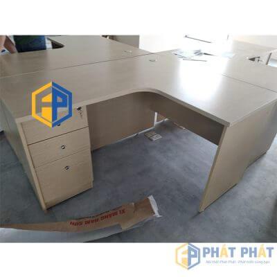 Mua bàn gỗ làm việc giá rẻ chất lượng Phát Phát