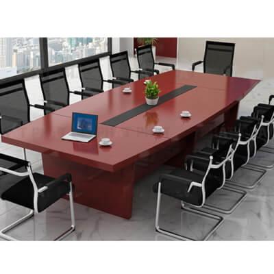 Mua bàn ghế văn phòng bằng gỗ Phát Phát nhận nhiều ưu đãi